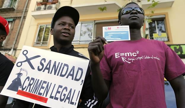 espaa-sanidad-inmigrantes-ok